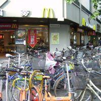 Bikes at McDonalds, Hangzhou, Ханчоу