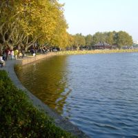 Pathway next to the West Lake, Ханчоу