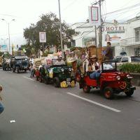 Desfile del Yipao, Апаран