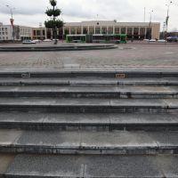 Вид из сквера на пл.Строителей и исполком, Новополоцк