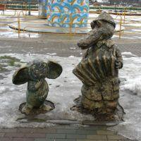Памятник Чебурашке и крокодилу Гене / Monument to Cheburashka and crocodile Gena, Орша