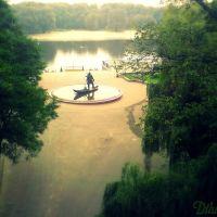 """Кіеўскі спуск гомельскага парку, кампазіцыя """"Лодачнік"""" ... Kiev descent Gomel park sculpture """"The Boatman"""", Гомель"""