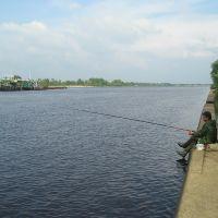Рыбак на набережной, Мозырь