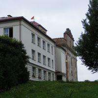 Адміністрацыя і Касцёл, Большая Берестовица