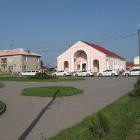 весільна процесія біля ЗАГСу ♦ a wedding cavalcade, Новогрудок
