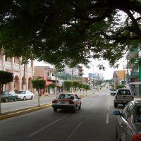 Costzacoalcos.Avenida Ignacio Zaragoza, davant l´Hotel Colonial., Коатцакоалькос