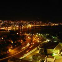 Acapulco at night, Акапулько