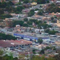 Termila de autobuse, Mercado, vista desde el Asta Bandera, Cerro del Tehuehue, Игуала