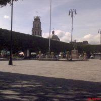 Plaza e Iglesia Principal de Acambaro, Gto., Акамбаро