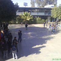 explanada del centro de estudios tecnologicos industrial y de servicios numero 47 (public school or government), Гомес-Палацио