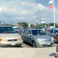 Estacionamiento Soriana, Манзанилло