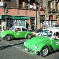 Le Mexique, les taxis à Mexico (des Coccinelles), Текскоко (де Мора)