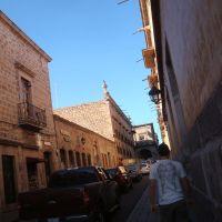 Calle Melchior Ocampo, Морелиа