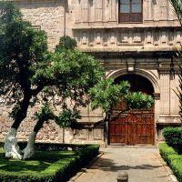 Iglesia, Морелиа