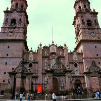 Fachada Catedral, Морелиа