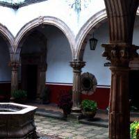 Casa de los 11 patios Patzcuaro Michoacan, Пацкуаро