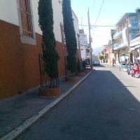 Esquina Donato Arenas con 5 de Mayo, Пуруандиро