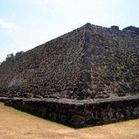 Pirámide de Tlaloc. Teopanzolco, Morelos, Куэрнавака
