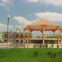 Kiosko y Plaza Pública desde la Guanajuato, Текуала