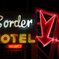 Border Motel Neon 2, Тиюана