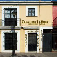 "zapateria ""la moda"", oaxaca, Техуантепек"
