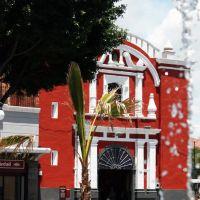 24-08-2010 Templo, Puebla, Pue. by Esteban M. Luna (esmol)., Пуэбла (де Зарагоза)