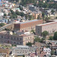 View of cultural institute from Cerro de la Bufa, Закатекас