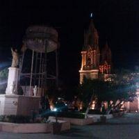Templo, tinaco y monumento a Miguel Hidalgo y Costilla, Сан-Мигель