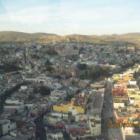 Otra panorámica de la ciudad de Zacatecas, desde la estación del teleférico., Сомбререт