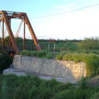 Puente en calle ferrocarril, Риоверде