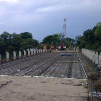 Construyendo el Nvo Puente Puxcatan II x la Col los Gatos, Макуспана