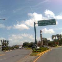 Monumento a Don Benito Juarez Centro de la Ciudad Nvo Laredo Tamps, Нуэво-Ларедо