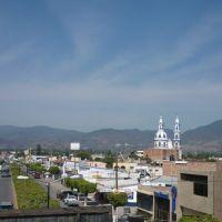 Calzada, Амека