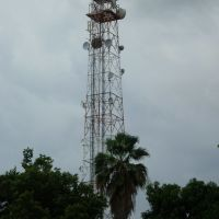 Torre # 2 TELMEX Central Takana (2a. Av. Sur) desde el estacionamiento de C.F. BANAMEX Tapachula, Тапачула