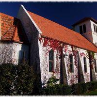 Eskdale War Memorial Church, Напир