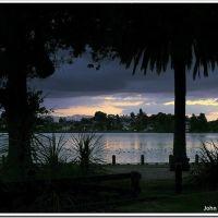 Lake Rotoroa Sunset (Hamilton Lake, Hamilton NZ), Гамильтон