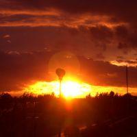 Bogatynia, Zachód Słońca nad stadionem przy ul. Białogórskiej, Богатыня