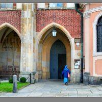 Wrocław - boczne wejście do Katedry, Вроцлав