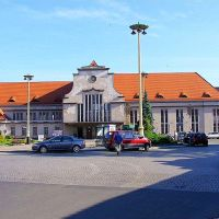 Legnica.Budynek dworca kolejowego.The building of the railway station, Легница