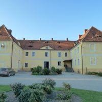 Poland, Groß Baudiss, Wądroże Wielkie, Manor, Любан