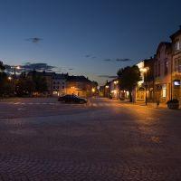 Nowotarski Rynek o wschodzie słońca / Old town at sunrise..., Новы-Тарг