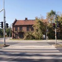 Stary budynek, Пионки