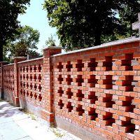 mur cmentarny, Мелец