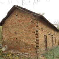 stary budynek z krzyżem, Ломжа