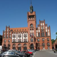 2010, Rathaus von Slupsk  (Stolp)/Polen, Bauzeit  1898-1901. Architekten Karl Zaar u. Rudolf Vahl;    2010, City Hall of Slupsk (Stolp) / Poland, Construction-times from 1898 to 1901. Architects are Zaar and Karl Rudolf Vahl;, Слупск