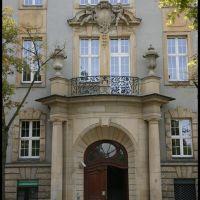 GLIWICE. Piękne detale gmachu Sądu Rejonowego/Beautiful details the court building, Гливице