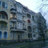 Kamienica przy ulicy Wrzesińskiej, w pobliżu ul. Konopnickiej, Конские