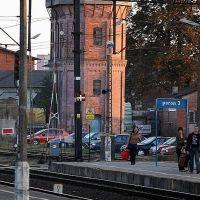 widok z okna wagonu kolejowego... dworzec w Działdowie, Дзялдово