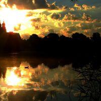 Wschód słońca nad Katedrą ., Гнезно