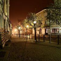 Koło w nocy - ul. Mickiewicz Koło by night - Mickiewicza street 2, Коло